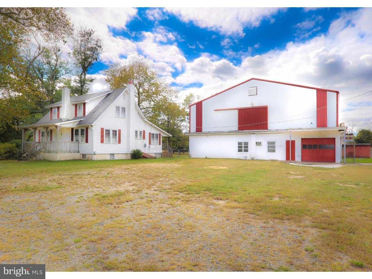 Частный односемейный дом для того Продажа на 1109 ALVINE Road Pittsgrove, Нью-Джерси 08318 Соединенные Штаты