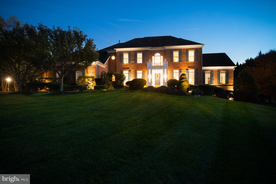 Single Family Home for Sale at 13717 BOLD VENTURE Drive 13717 BOLD VENTURE Drive Glenelg, Maryland 21737 United States