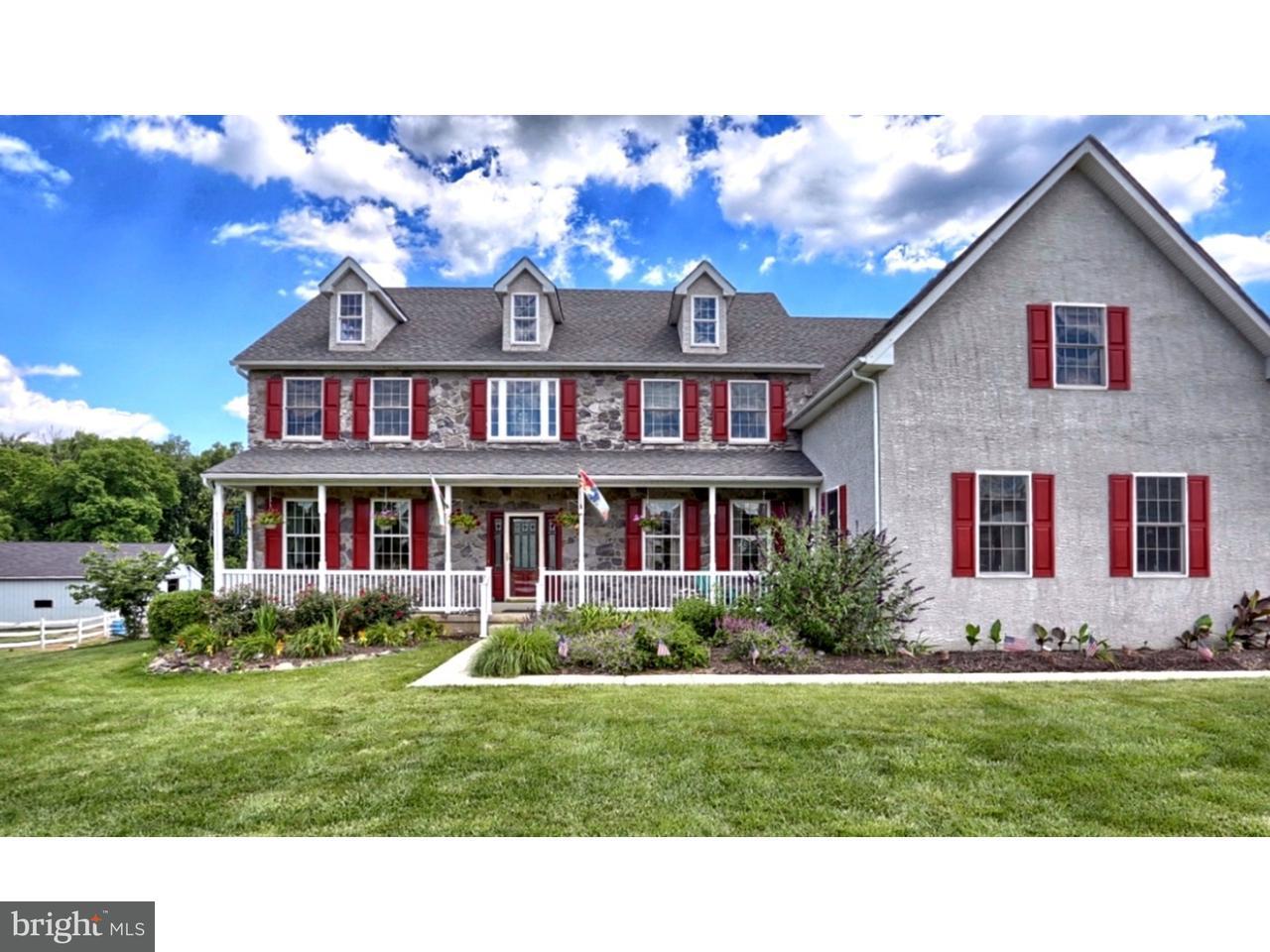 Maison unifamiliale pour l Vente à 810 TRISTEN WAY Schwenksville, Pennsylvanie 19473 États-Unis