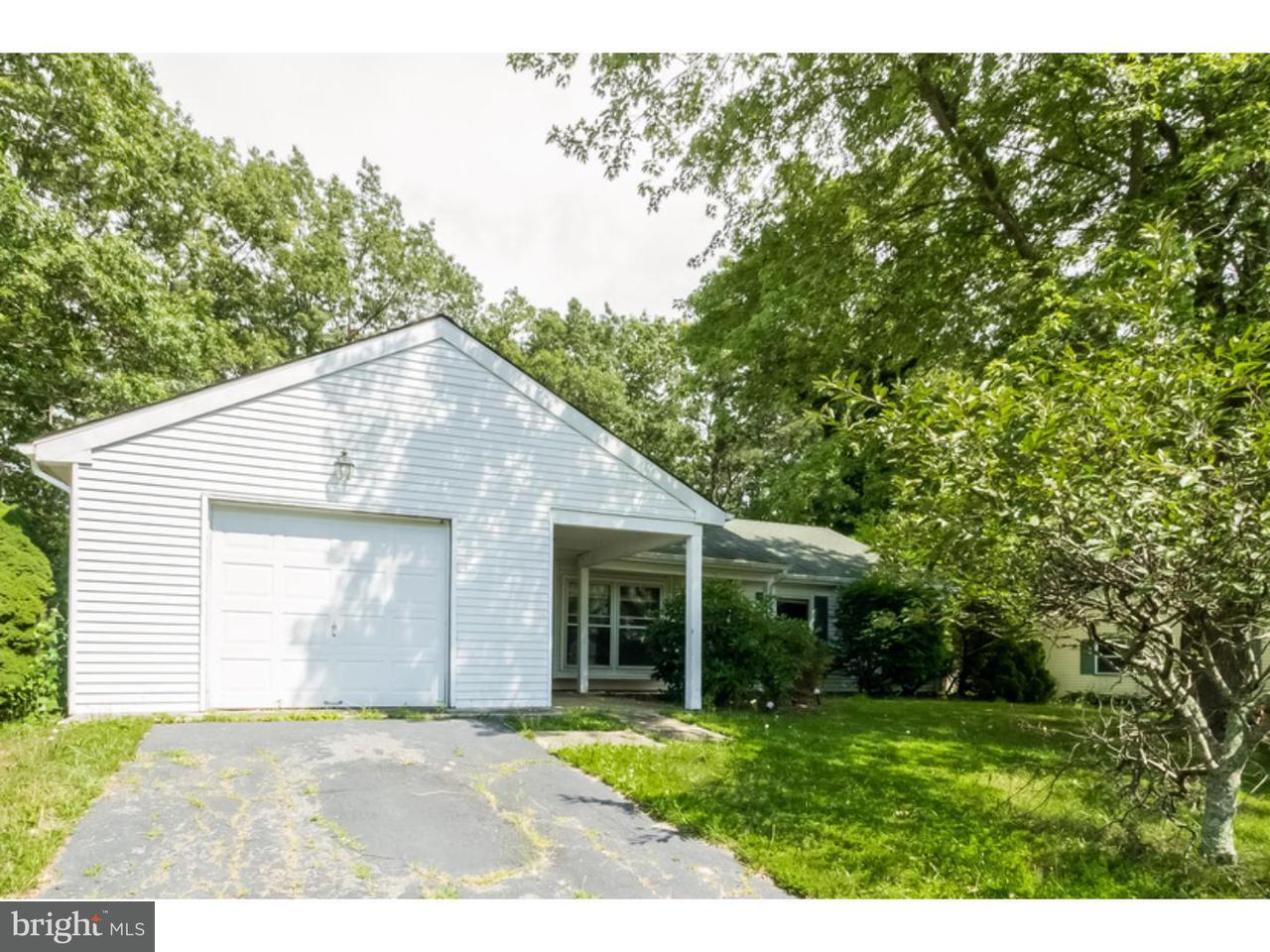 Maison unifamiliale pour l Vente à 46 CHESTNUT WAY Circle Barnegat, New Jersey 08005 États-Unis