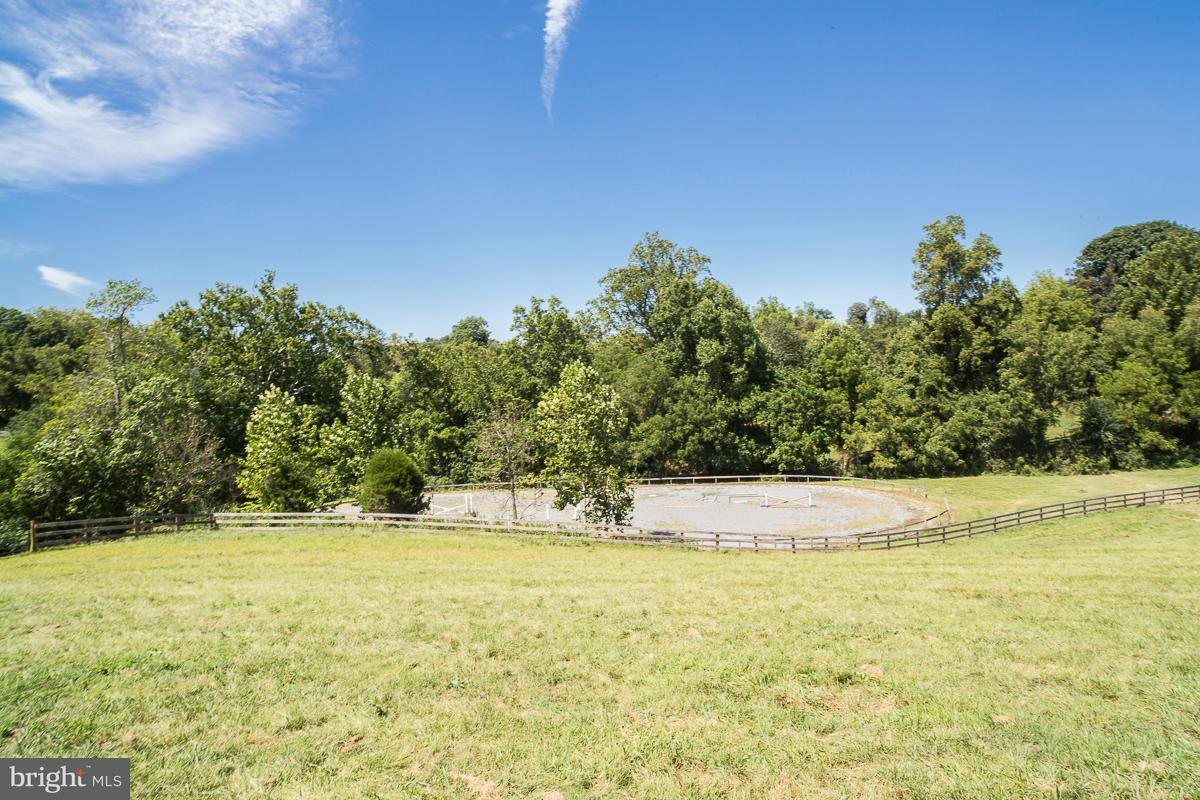 Additional photo for property listing at 35469 MILLVILLE Road 35469 MILLVILLE Road Middleburg, Virginia 20117 Estados Unidos
