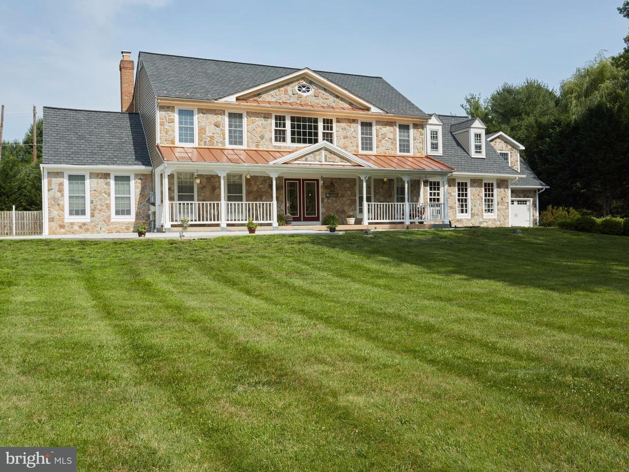 獨棟家庭住宅 為 出售 在 17624 CHARITY Lane 17624 CHARITY Lane Germantown, 馬里蘭州 20874 美國