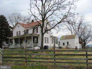 Farm for Sale at 1774 READUS Road 1774 READUS Road Edinburg, Virginia 22824 United States