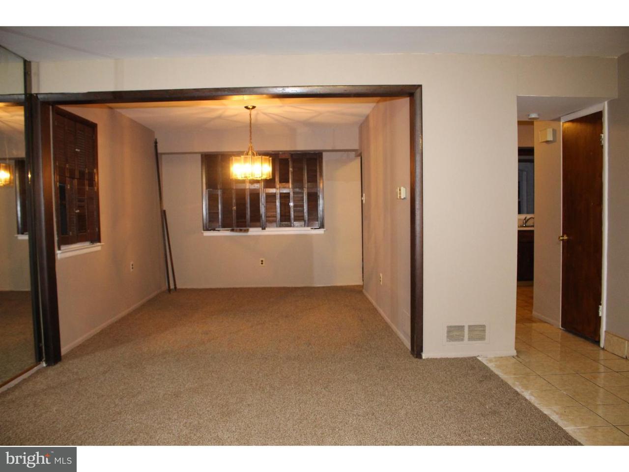 Таунхаус для того Аренда на 1610 OLIVE Place Clementon, Нью-Джерси 08021 Соединенные Штаты