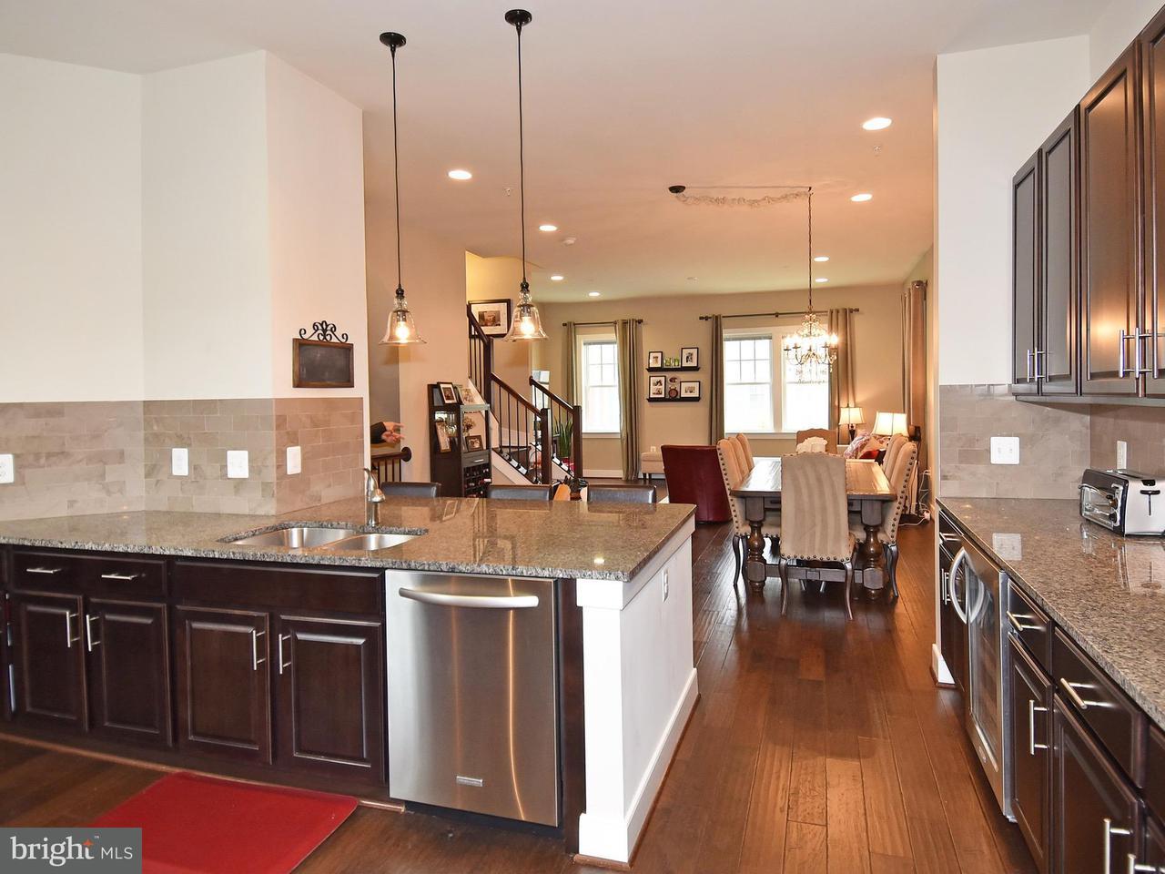 Townhouse for Sale at 720 DIAMOND Avenue 720 DIAMOND Avenue Alexandria, Virginia 22301 United States