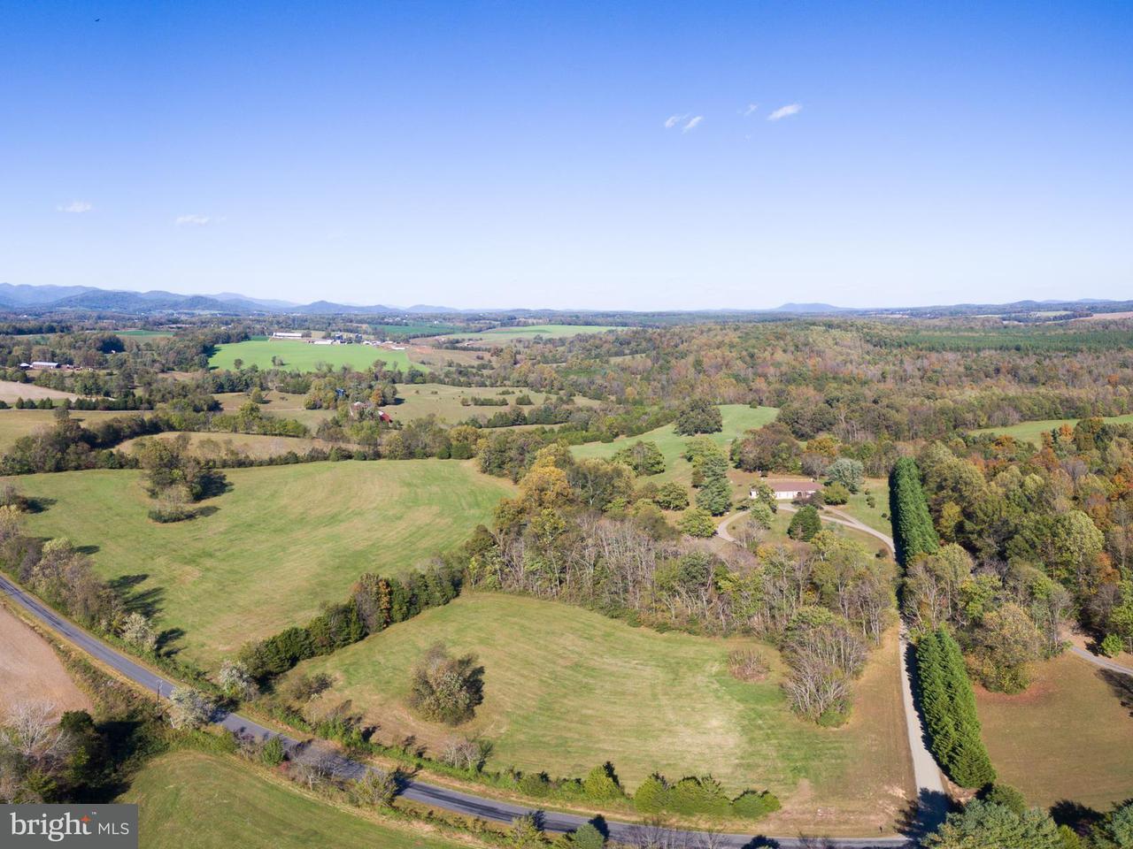Terrain pour l Vente à Jacks Shop Road Jacks Shop Road Rochelle, Virginia 22738 États-Unis