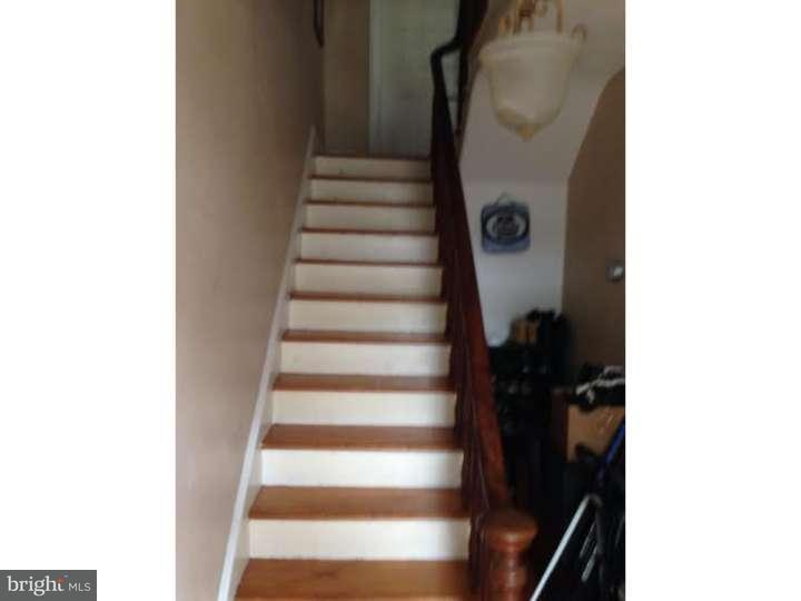 Additional photo for property listing at 312 FARNSWORTH Avenue  Bordentown, New Jersey 08505 États-Unis