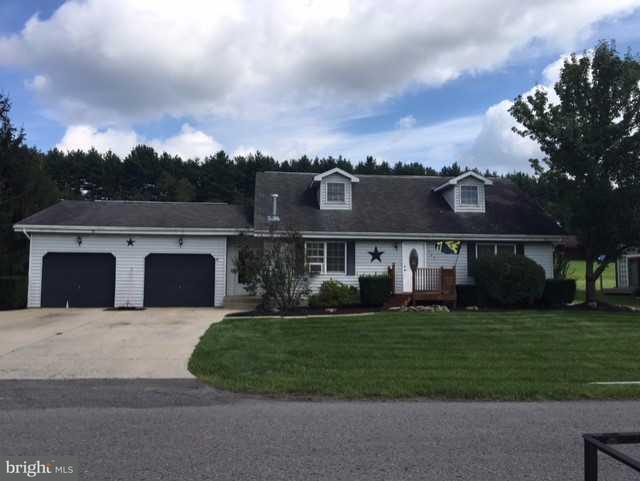 Single Family for Sale at 705 Pensinger Blvd Mountain Lake Park, Maryland 21550 United States