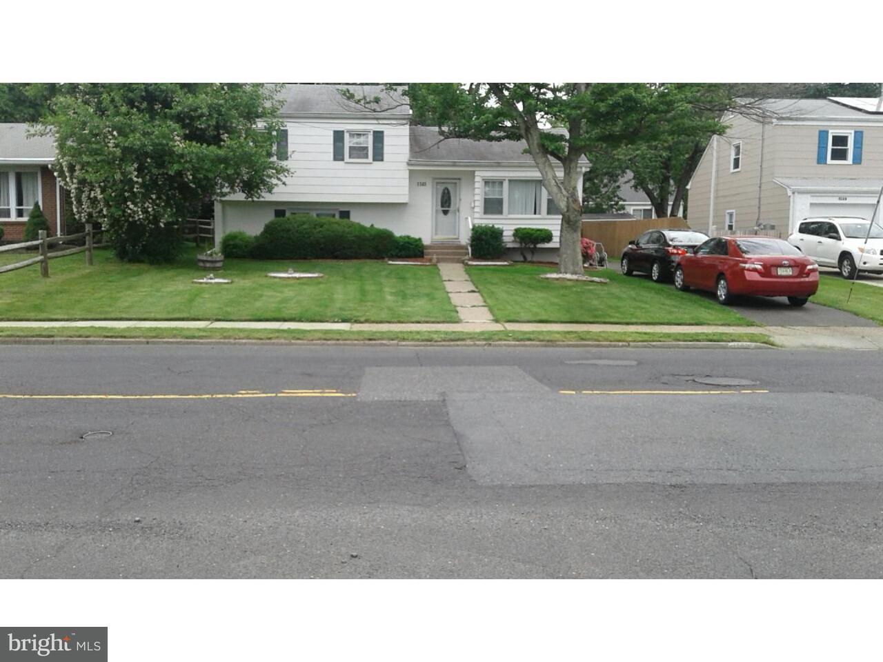 独户住宅 为 出租 在 1145 LOWER FERRY Road 特伦顿, 新泽西州 08618 美国在/周边: Ewing Township