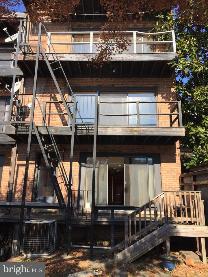 Additional photo for property listing at 3524-3526 K St NW  Washington, District Of Columbia 20007 United States