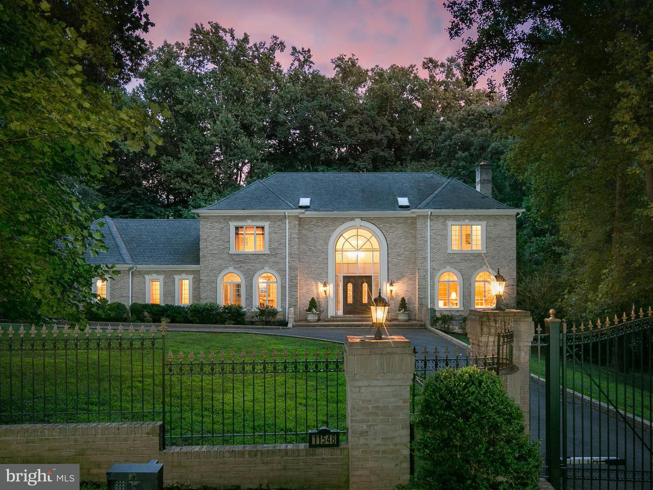 Single Family Home for Sale at 11548 SPRINGRIDGE Road 11548 SPRINGRIDGE Road Potomac, Maryland 20854 United States