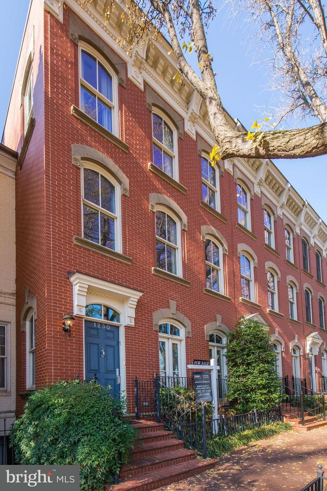 Townhouse for Sale at 1230 27TH ST NW 1230 27TH ST NW Washington, District Of Columbia 20007 United States