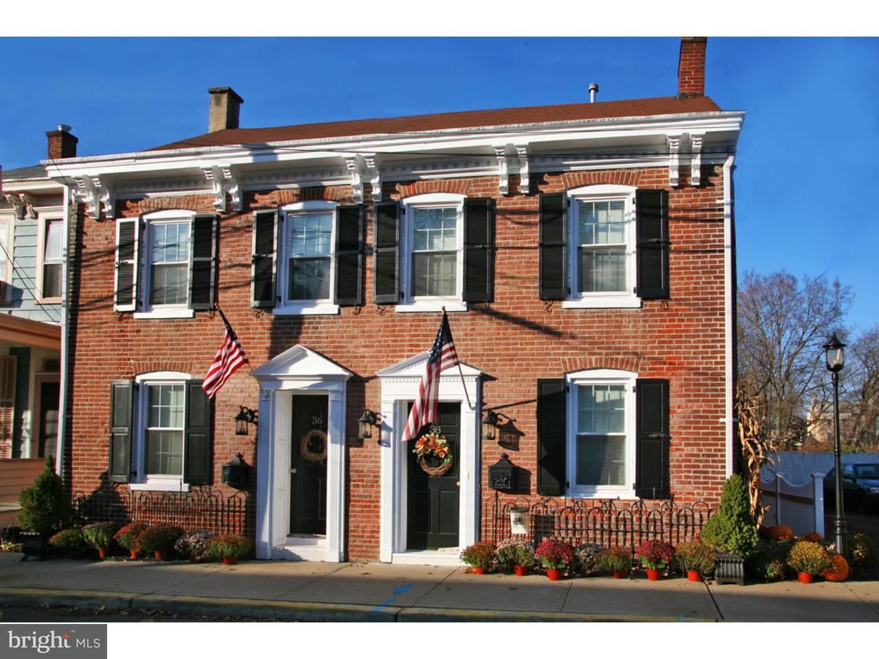 联栋屋 为 出租 在 38 SWAN Street 兰伯特维尔, 新泽西州 08530 美国在/周边: Lambertville