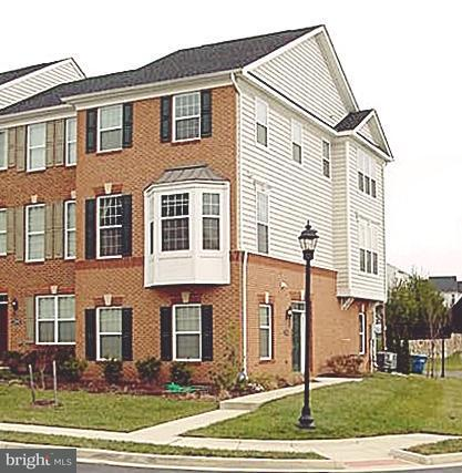 Townhouse for Sale at 23204 Wrathall Drive 23204 Wrathall Drive Ashburn, Virginia 20148 United States
