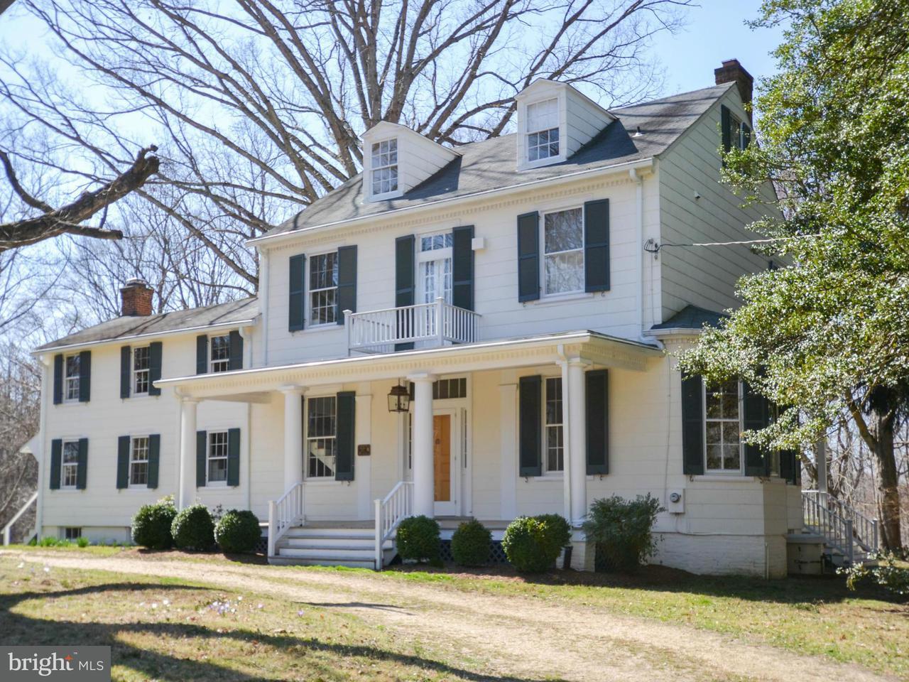 Частный односемейный дом для того Продажа на 4566 SOLOMONS ISLAND Road 4566 SOLOMONS ISLAND Road Harwood, Мэриленд 20776 Соединенные Штаты