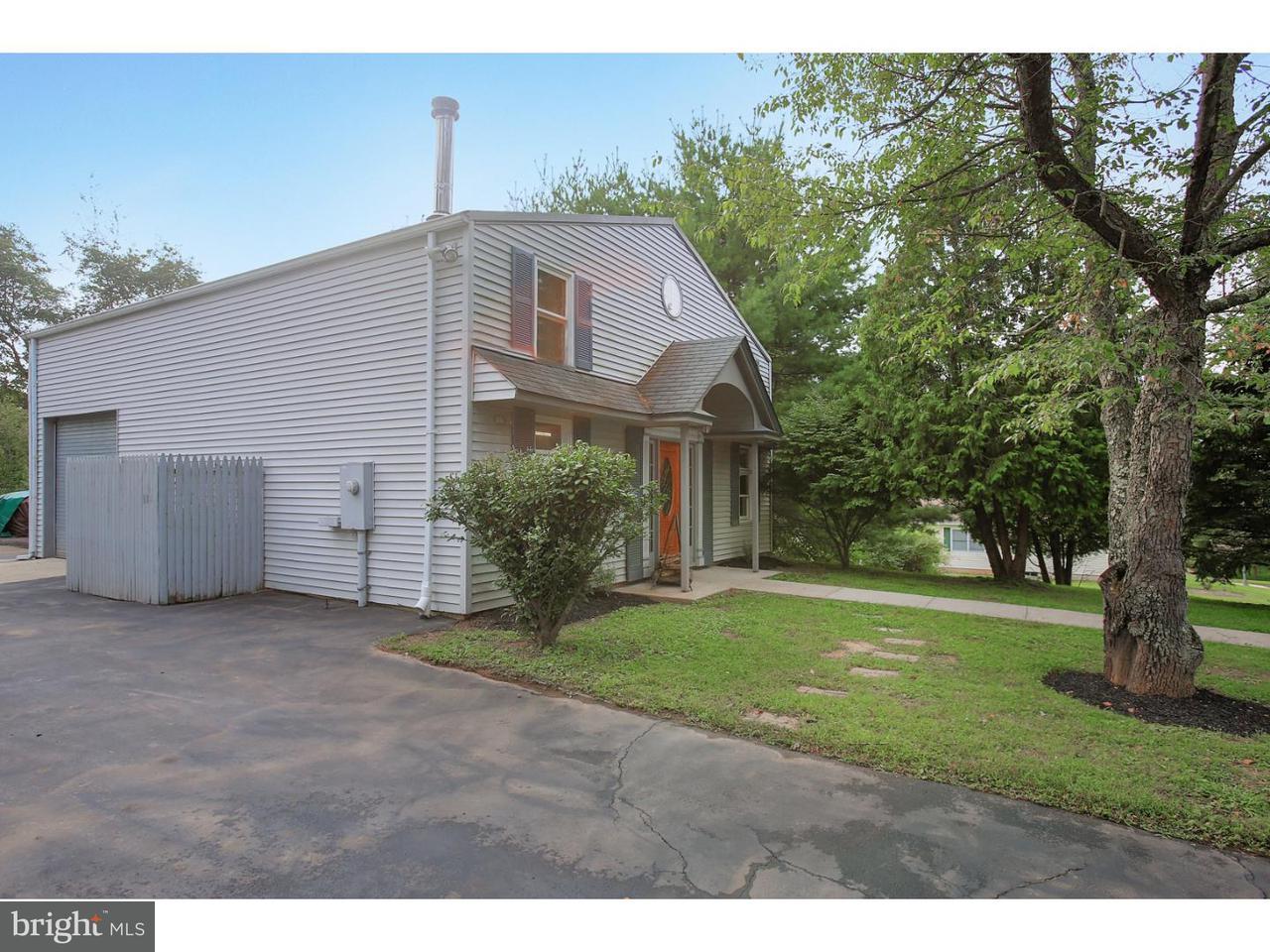 Enfamiljshus för Försäljning vid 315 SUMMER Road Branchburg Township, New Jersey 08853 Usa