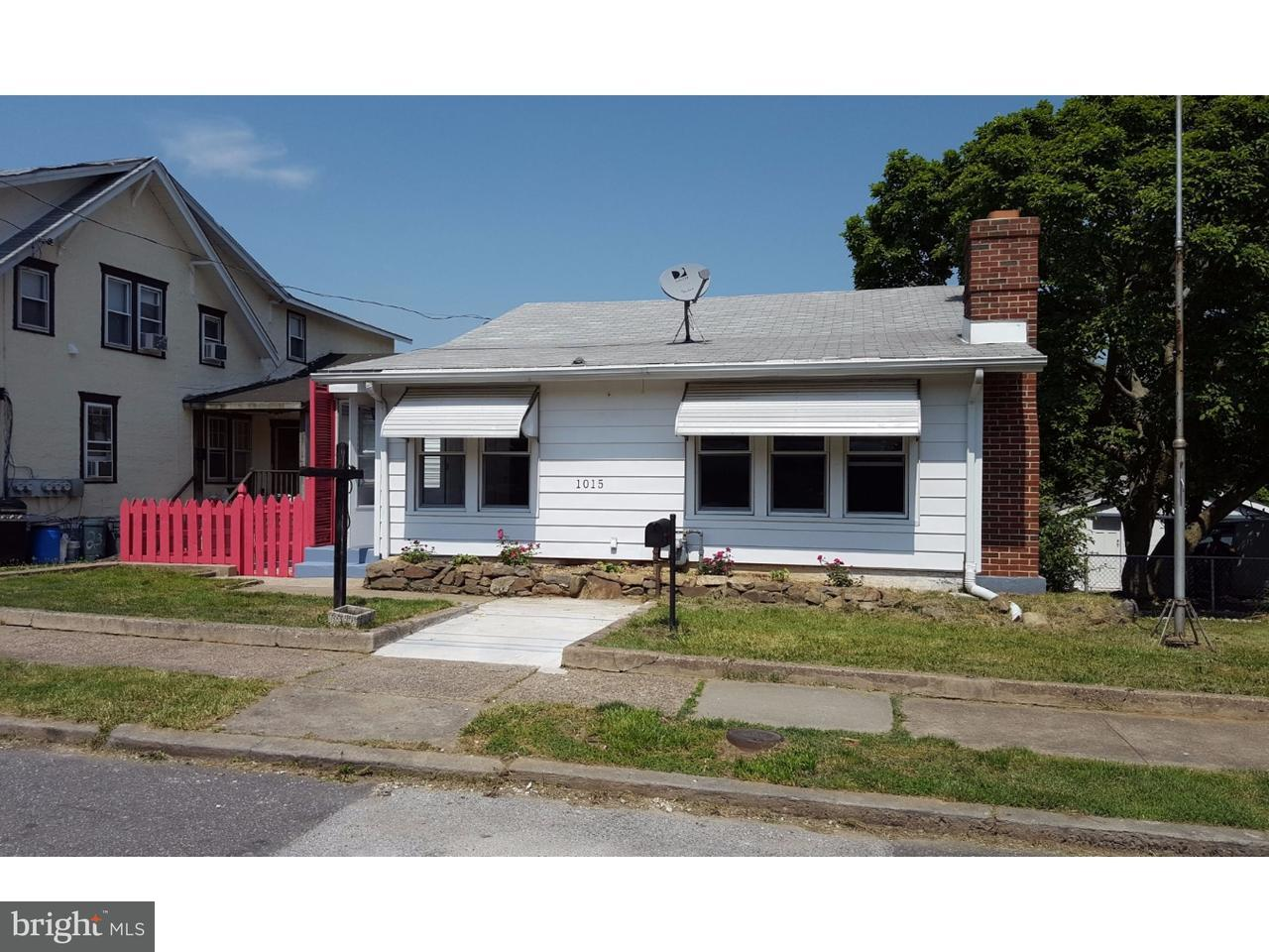 Single Family Home for Sale at 1015 SUNSET Street Marcus Hook, Pennsylvania 19061 United States