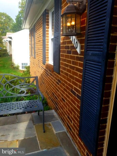 Single Family Home for Sale at 6110 Redwood Lane 6110 Redwood Lane Alexandria, Virginia 22310 United States
