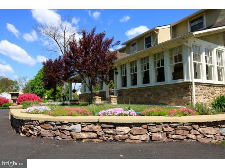 独户住宅 为 销售 在 2731 AUDUBON Road Audubon, 宾夕法尼亚州 19403 美国