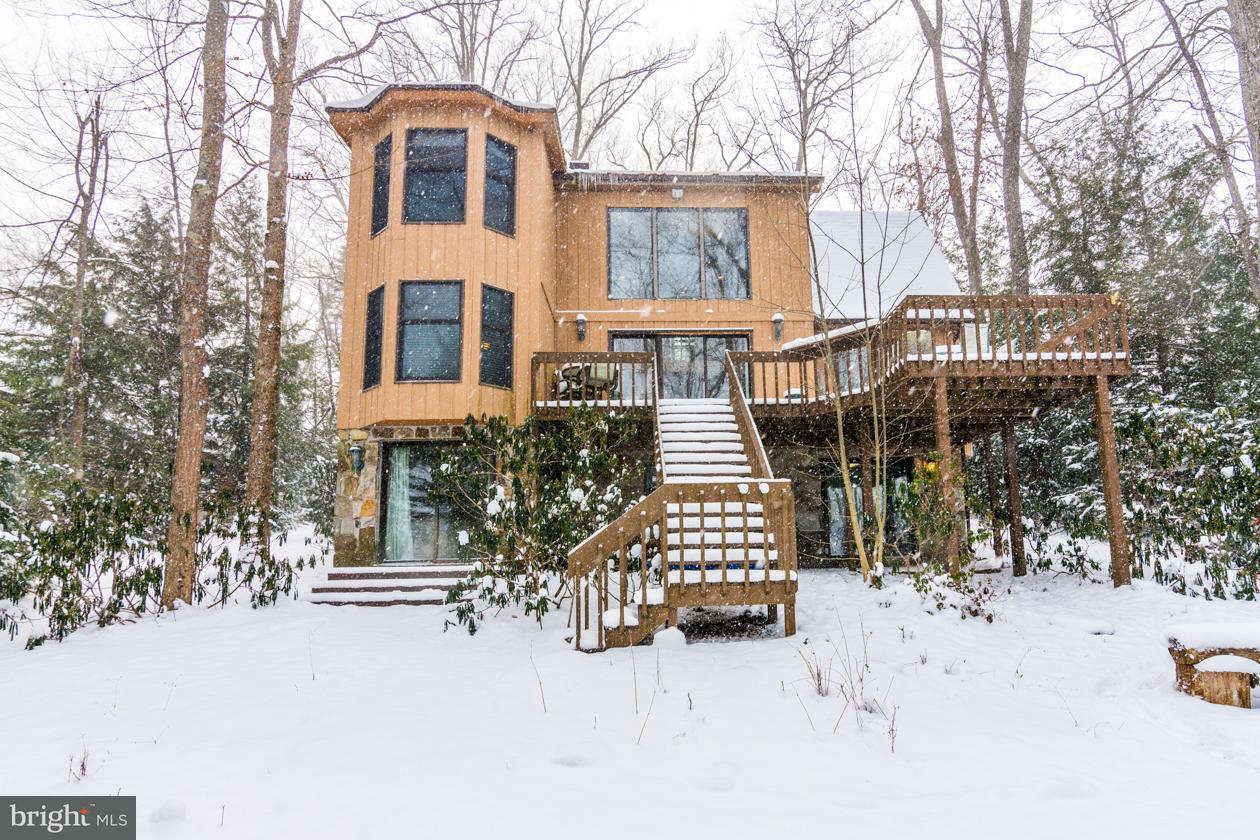 Casa Unifamiliar por un Venta en 483 Skippers Point Road 483 Skippers Point Road Oakland, Maryland 21550 Estados Unidos