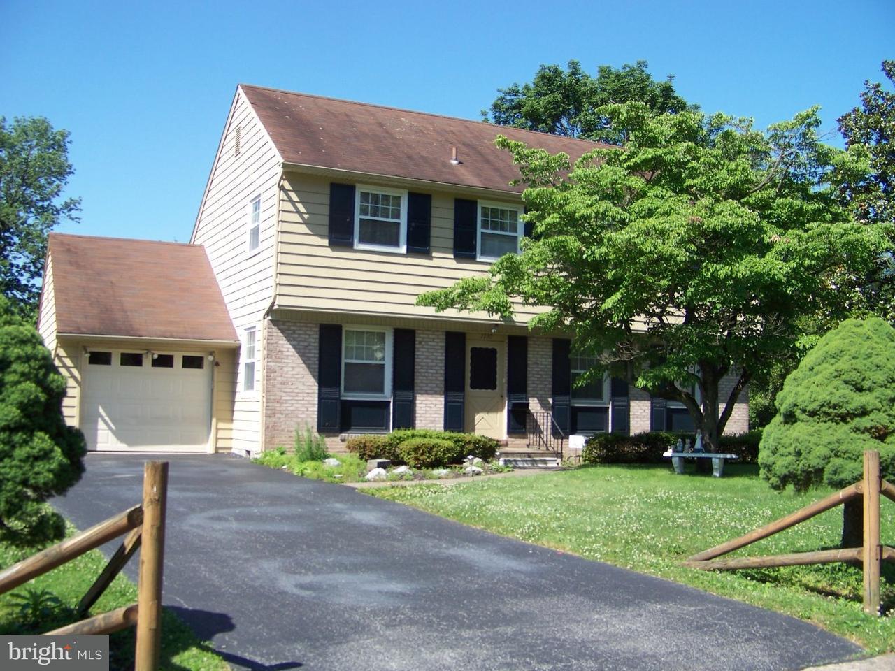 Maison unifamiliale pour l Vente à 1730 MAGNOLIA Lane Jeffersonville, Pennsylvanie 19403 États-Unis