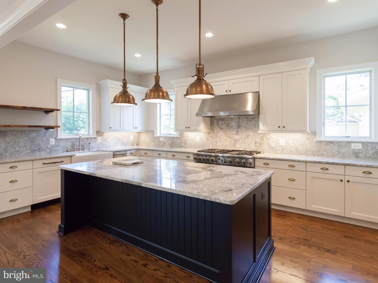 Single Family Home for Sale at 1723 BARTON ST N 1723 BARTON ST N Arlington, Virginia 22201 United States