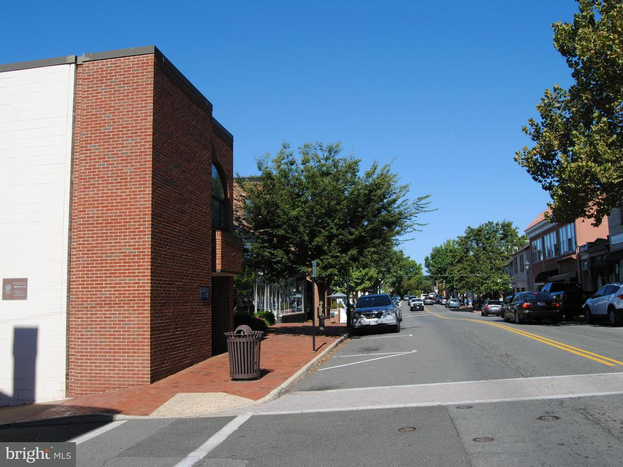 Additional photo for property listing at 82 MAIN Street 82 MAIN Street Warrenton, Virginia 20186 Estados Unidos