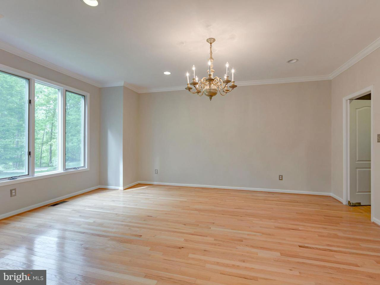 Additional photo for property listing at 974 MILLWOOD Lane 974 MILLWOOD Lane Great Falls, Virginia 22066 United States