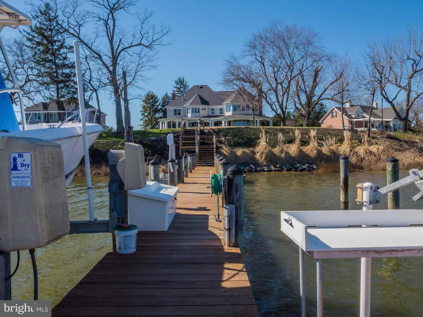 Single Family for Sale at 3950 Island Creek Ln Broomes Island, Maryland 20615 United States