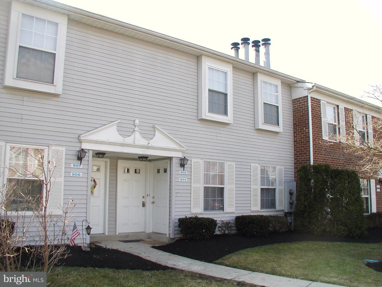 Частный односемейный дом для того Аренда на 905 HUNTINGDON MEWS Clementon, Нью-Джерси 08021 Соединенные Штаты
