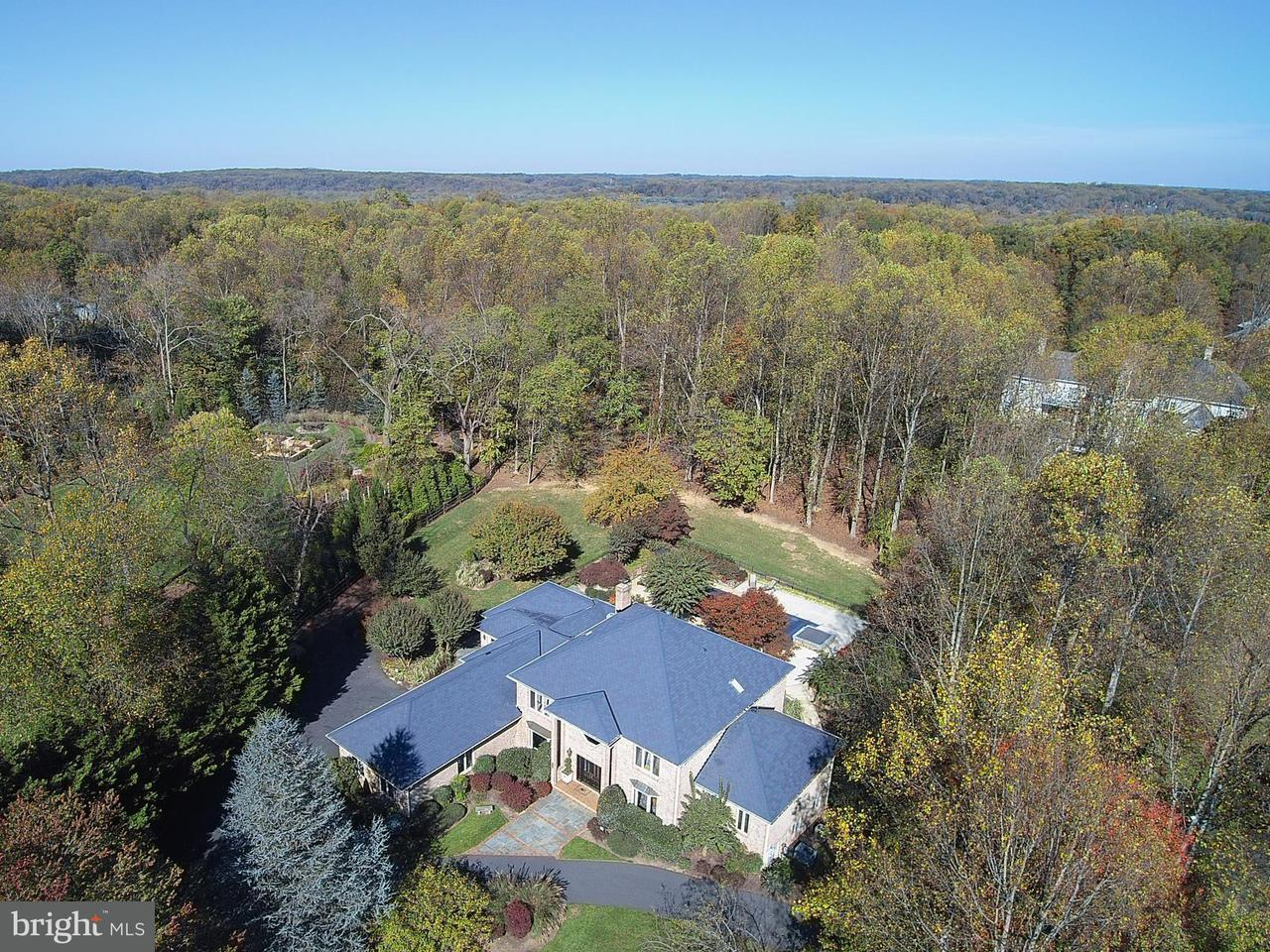 Single Family Home for Sale at 10002 HIGH HILL Place 10002 HIGH HILL Place Great Falls, Virginia 22066 United States