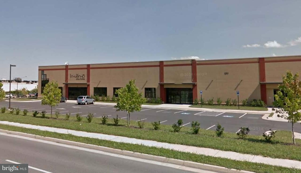 Commerciale per Vendita alle ore 131 Frogale Ct #B 131 Frogale Ct #B Winchester, Virginia 22602 Stati Uniti