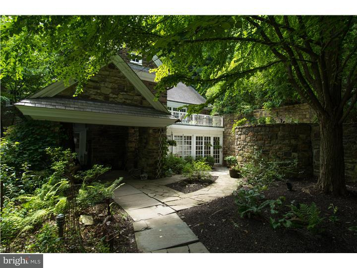 Single Family Home for Sale at 649 HEADQUARTERS Road Ottsville, Pennsylvania 18942 United States