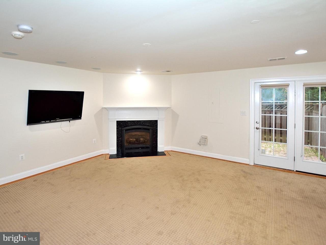 Additional photo for property listing at 7031 LITTLE LEAF LINDEN Lane 7031 LITTLE LEAF LINDEN Lane McLean, Virginia 22101 United States