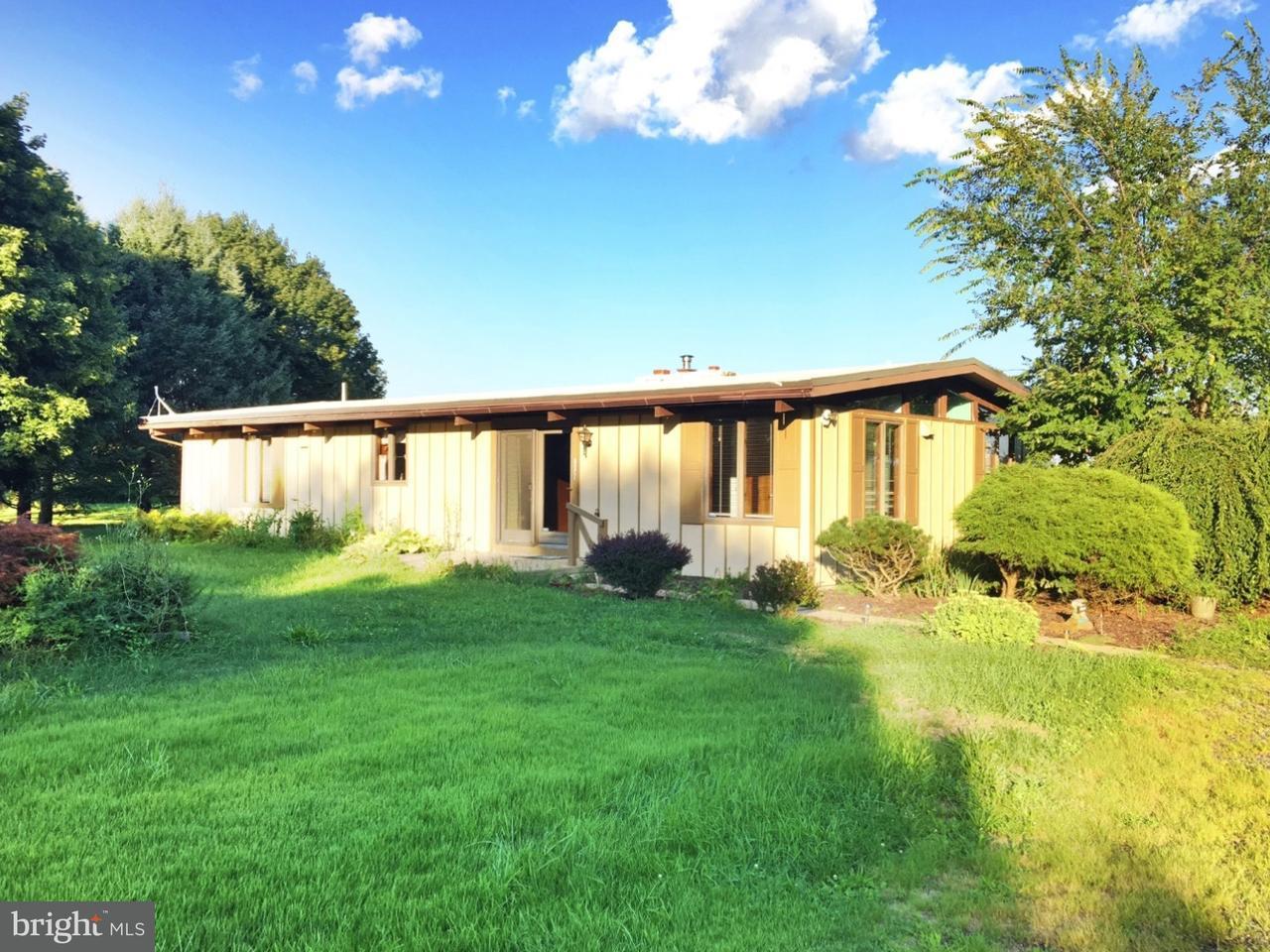 Частный односемейный дом для того Аренда на 2391 E CEDARVILLE Road Pottstown, Пенсильвания 19465 Соединенные Штаты