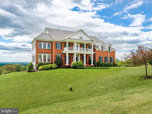 ROUND HILL, VA Real Estate Listings - MLS#LO10124565 For Sale