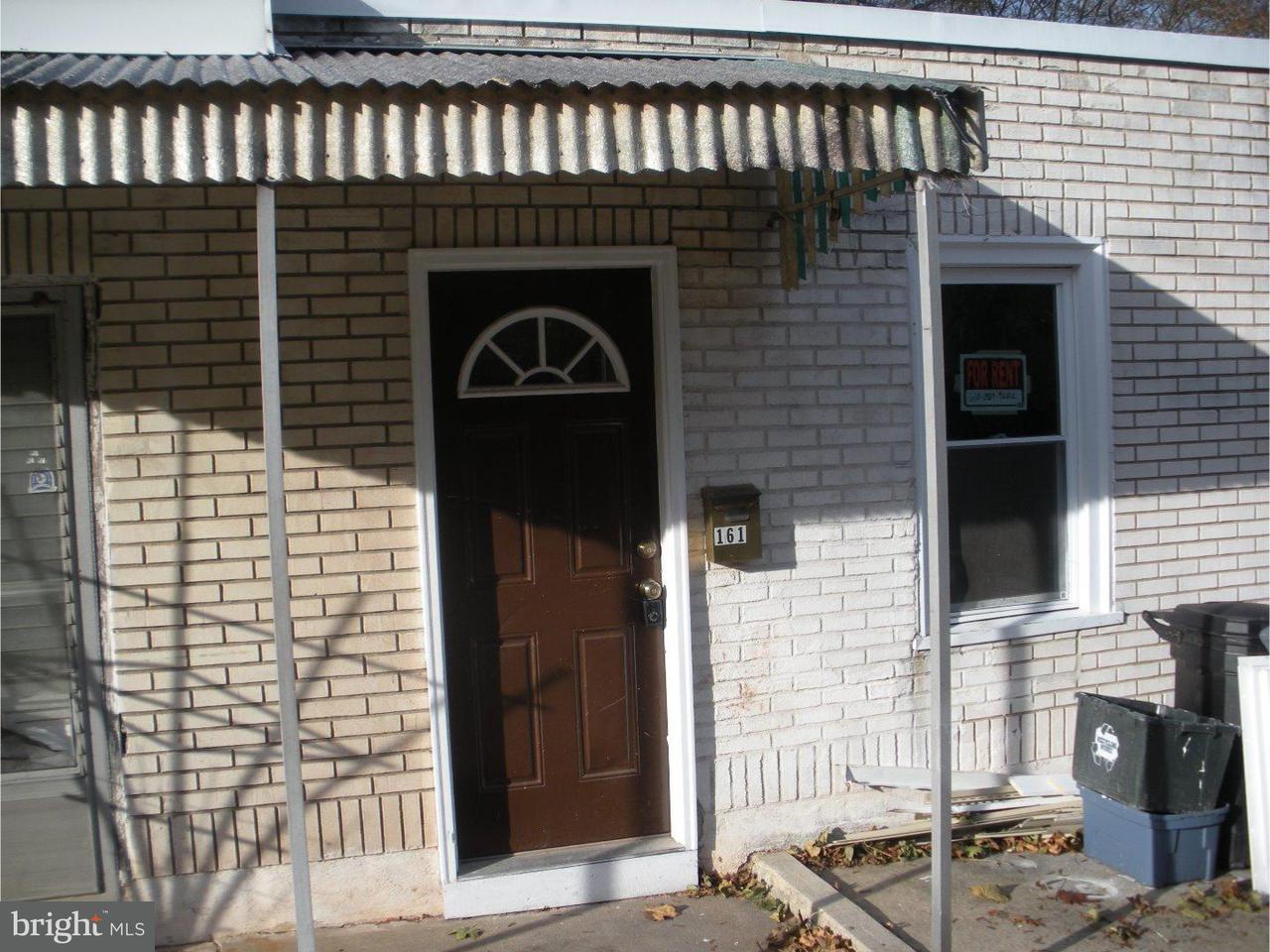 Таунхаус для того Аренда на 161 POPLAR Street Spring City, Пенсильвания 19475 Соединенные Штаты