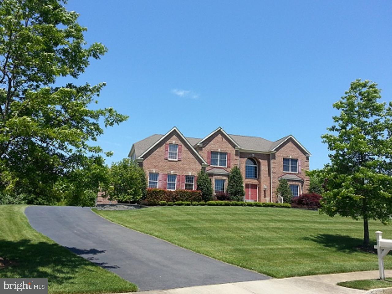 Maison unifamiliale pour l Vente à 12 MASON Drive Cream Ridge, New Jersey 08514 États-UnisDans/Autour: Upper Freehold Township