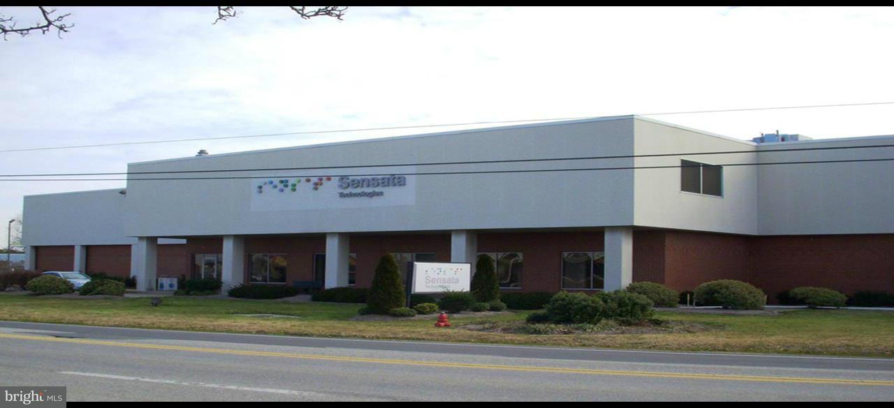 商用 为 销售 在 807 WOODS Road 807 WOODS Road Cambridge, 马里兰州 21613 美国