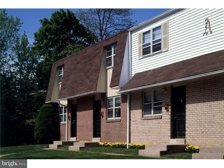 Townhouse for Rent at 305 S WARMINSTER Road Hatboro, Pennsylvania 19040 United States