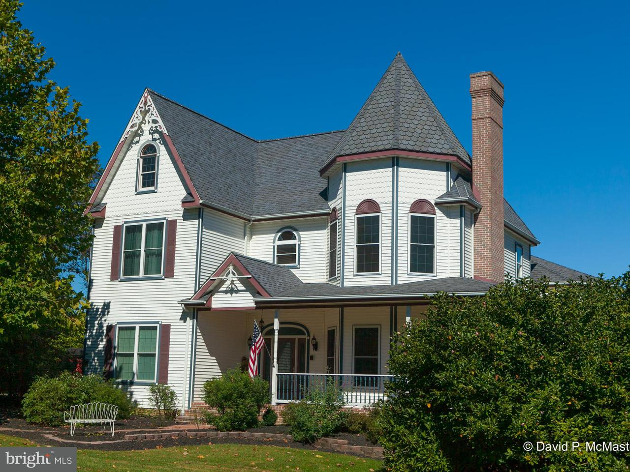 独户住宅 为 销售 在 267 Sweetbriar Road 267 Sweetbriar Road Martinsburg, 西弗吉尼亚州 25405 美国