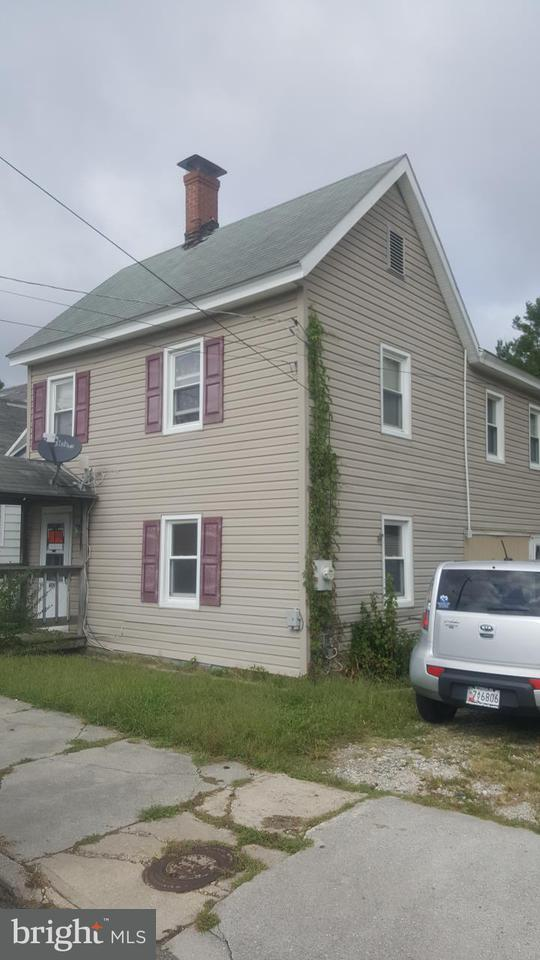 Single Family for Sale at 409 Walnut St Pocomoke City, Maryland 21851 United States