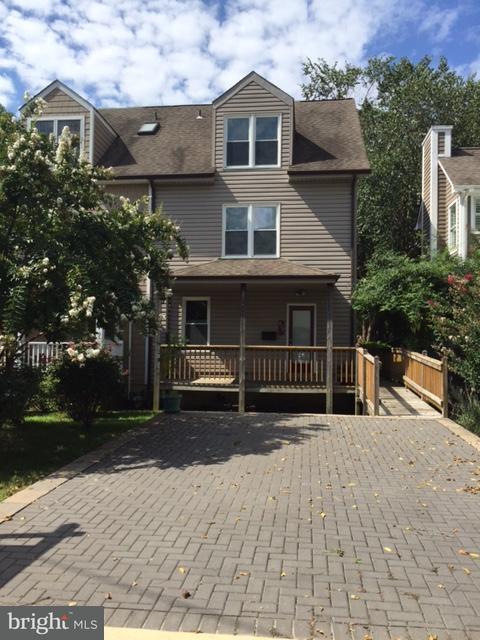 Dúplex por un Venta en 414 FIRST Street 414 FIRST Street Annapolis, Maryland 21403 Estados Unidos