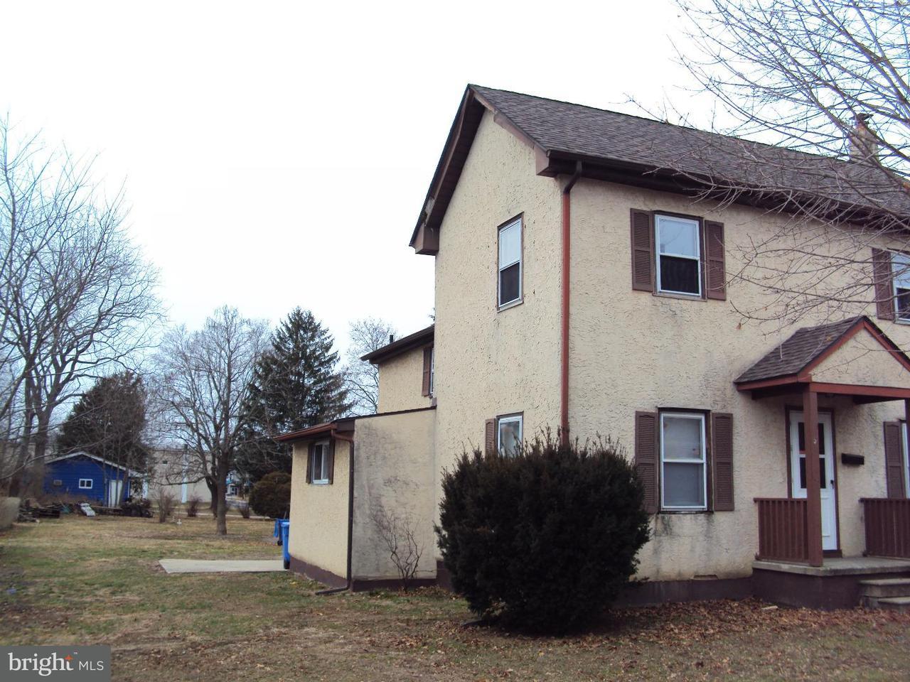 Casa Unifamiliar por un Alquiler en 328 N MAIN Street Clayton, Nueva Jersey 08312 Estados Unidos