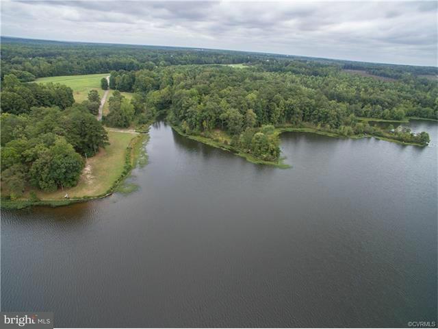 Additional photo for property listing at Leonards Lane Leonards Lane Sutherland, Virginia 23885 Estados Unidos