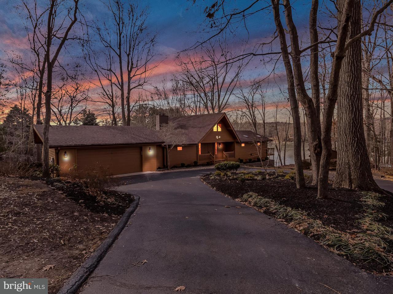 Casa Unifamiliar por un Venta en 3847 Shamrock Court 3847 Shamrock Court Port Republic, Maryland 20676 Estados Unidos