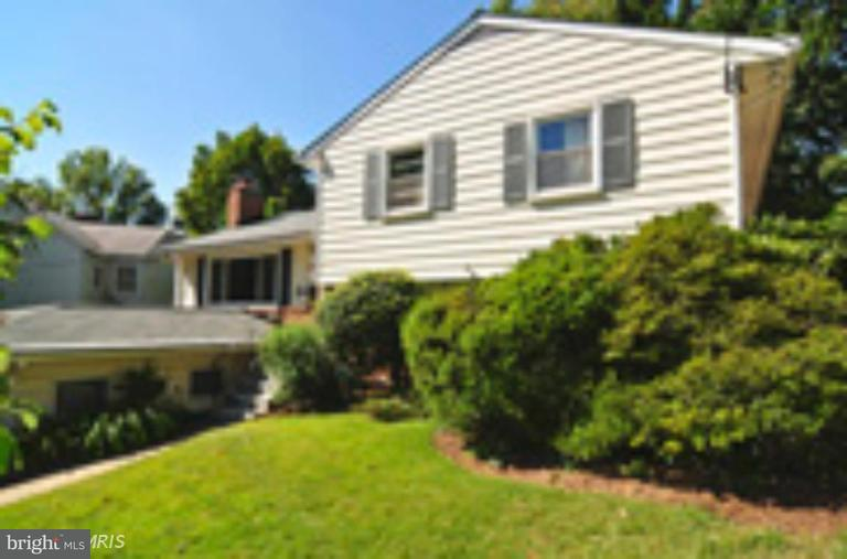 Other Residential for Rent at 6404 Stratford Rd Chevy Chase, Maryland 20815 United States