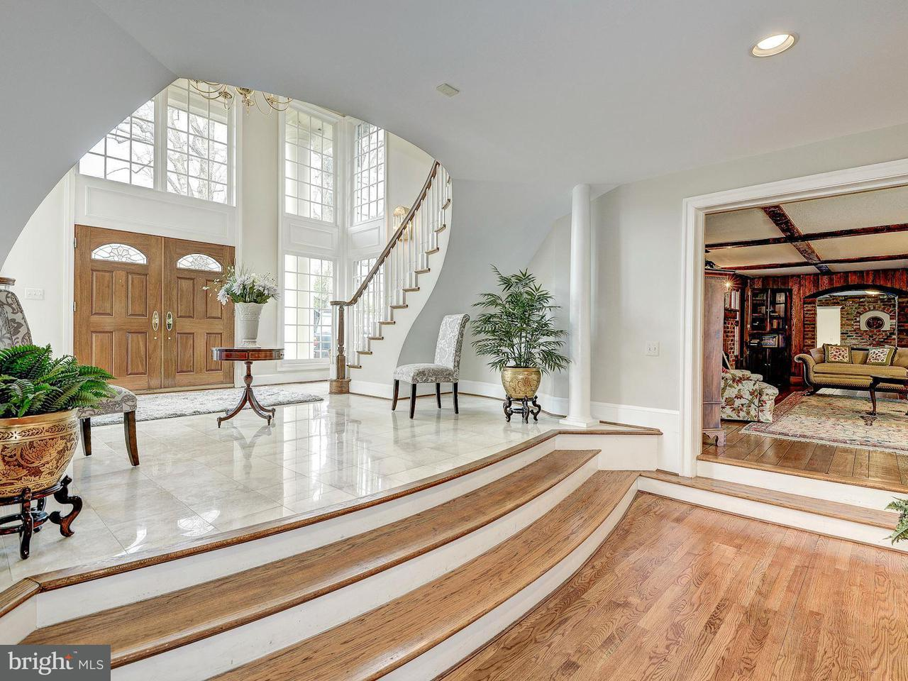 Additional photo for property listing at 937 Bellview Rd  McLean, Virginia 22102 United States