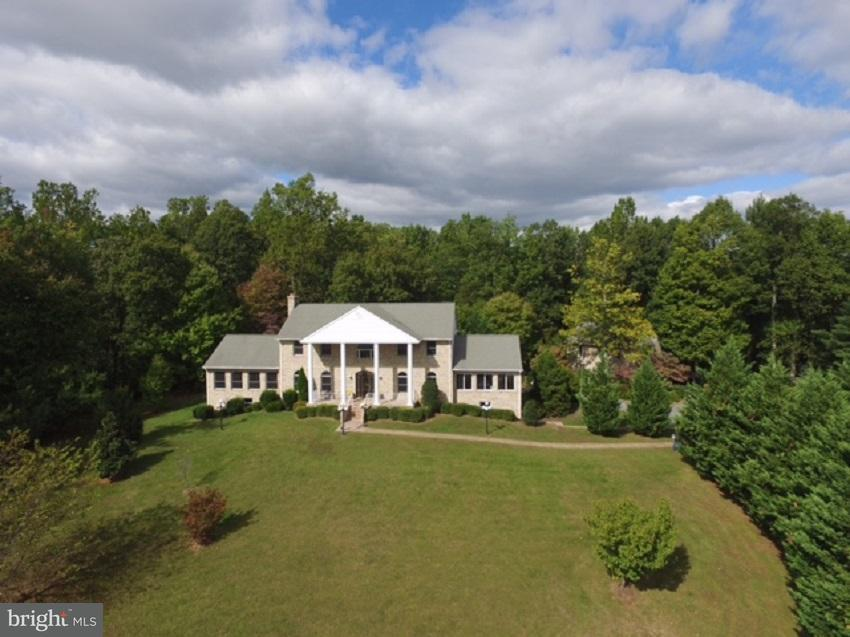 Single Family for Sale at 235 Kilby Farm Sperryville, Virginia 22740 United States