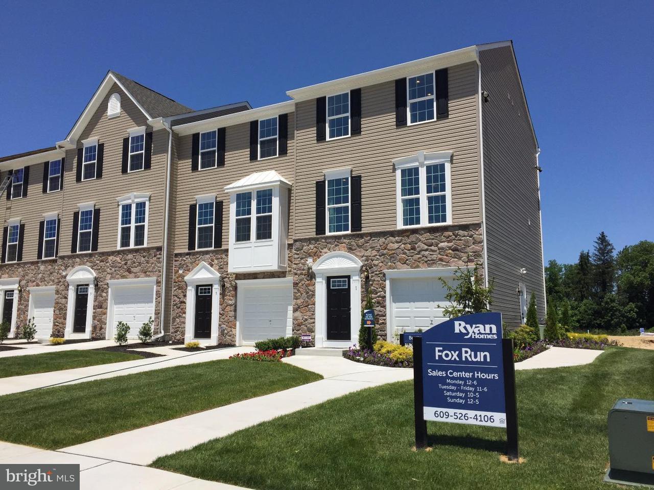 联栋屋 为 销售 在 13 BENFORD Lane Edgewater Park, 新泽西州 08010 美国